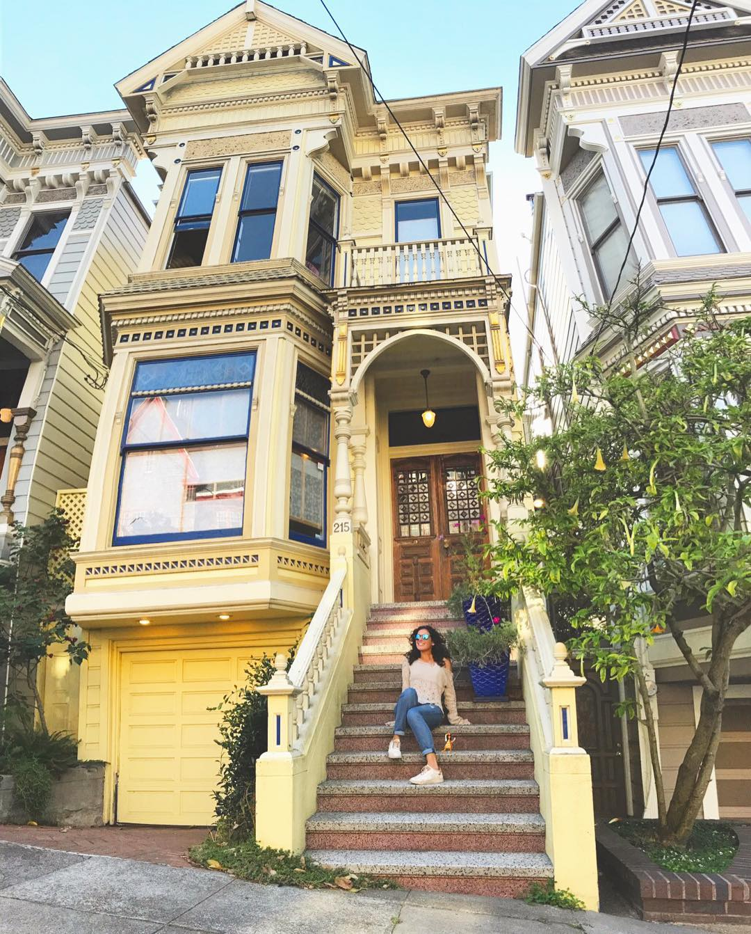 Just kickin it at my new crib! JK iwish sanfranciscohellip